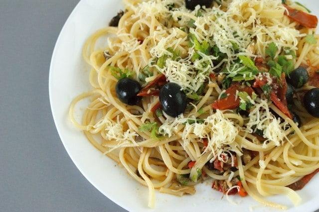 Spaghetti puttanesca