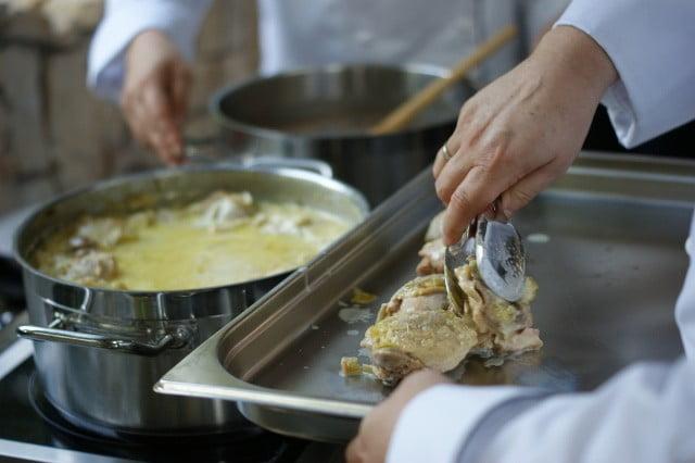 kurczak w sosie berneńskim