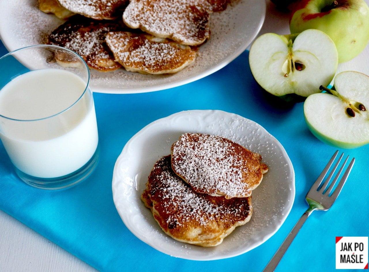 Słodkie śniadanie czyli racuchy z jabłkami