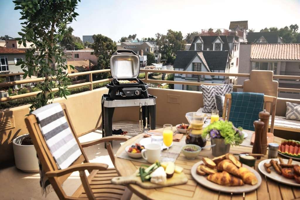 grill na balkon