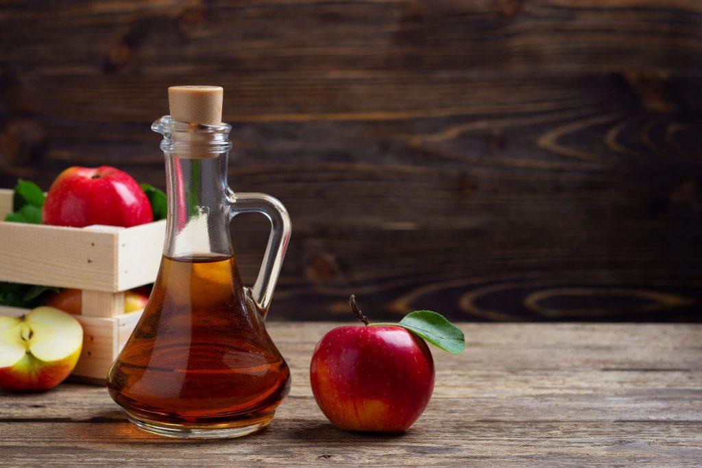 sprawdzony przepis jak zrobić ocet jabłkowy z miodem